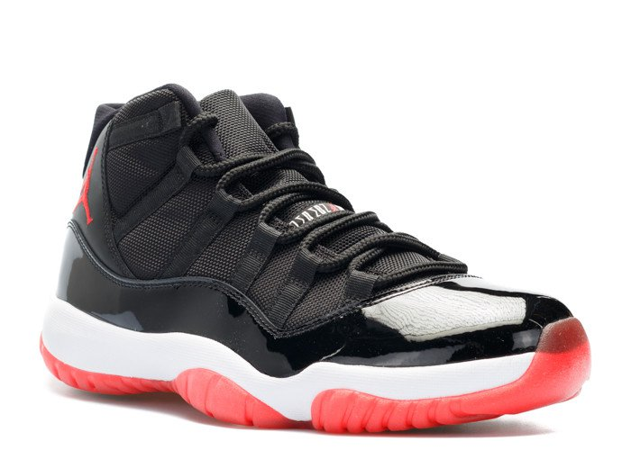 Nike Air Jordan 11 (XI) Retro черные